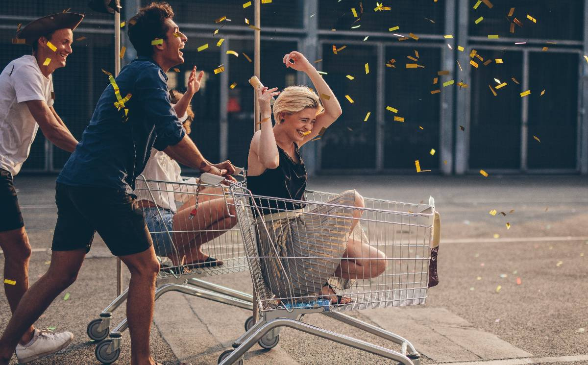 How fashion retailers can survive the lockdowns and create omni-channel experiences for future growth
