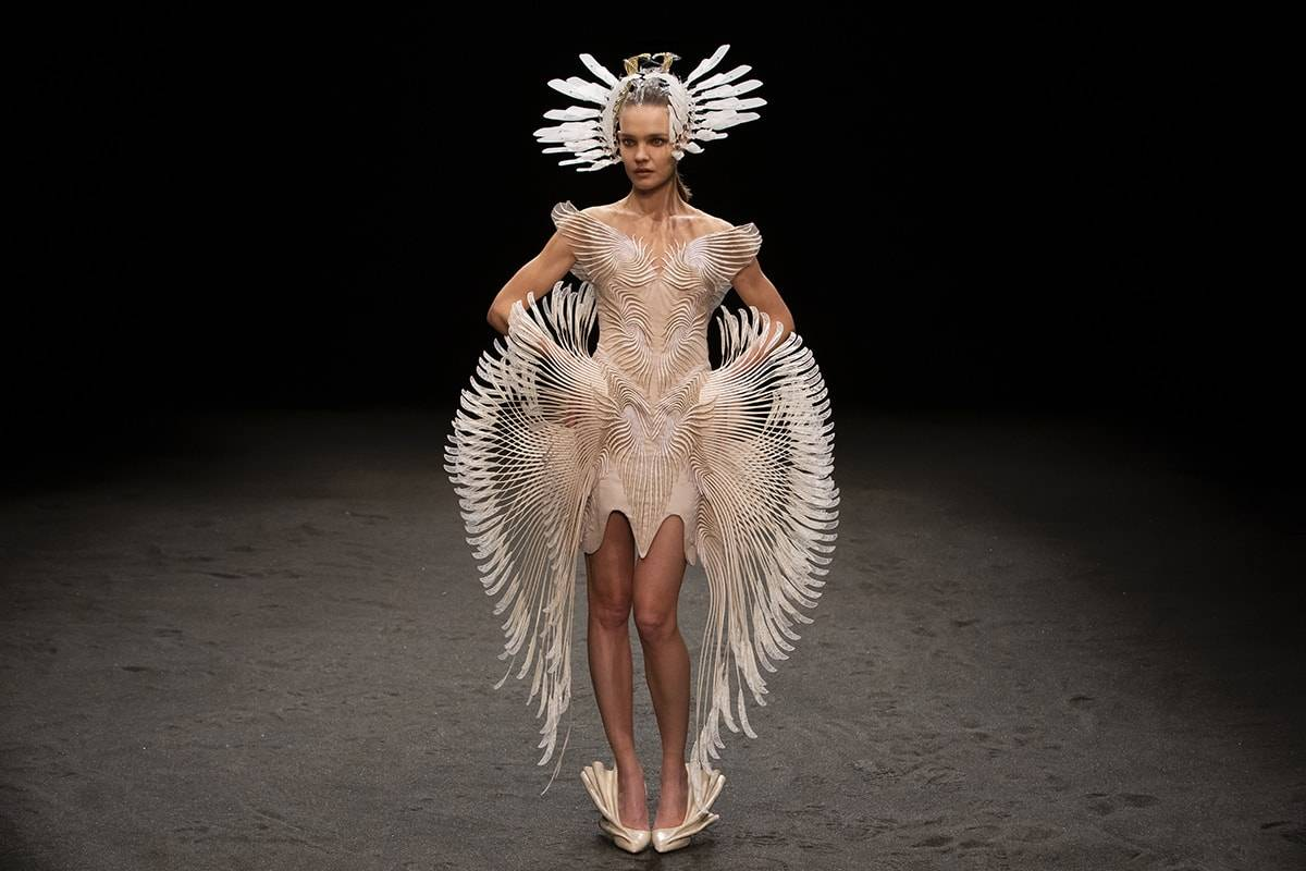 Iris van Herpen inspired by fungi for haute couture collection