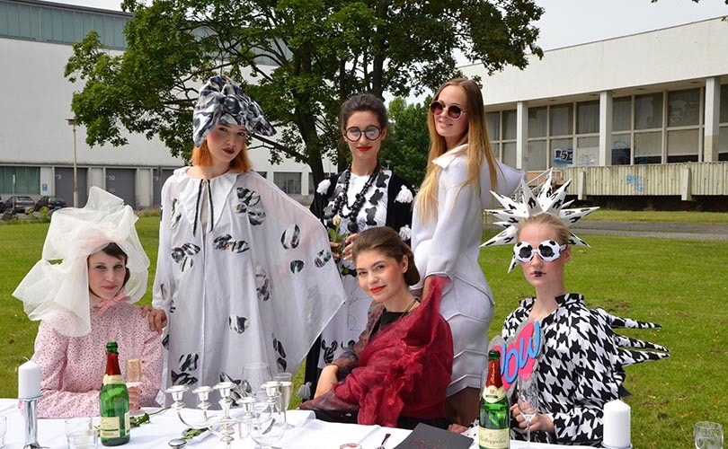 In picture: 'Fashion-picnic' at FH Dresden