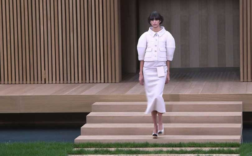 "Chanel presents ""high-fashion ecology"" haute couture in Paris"