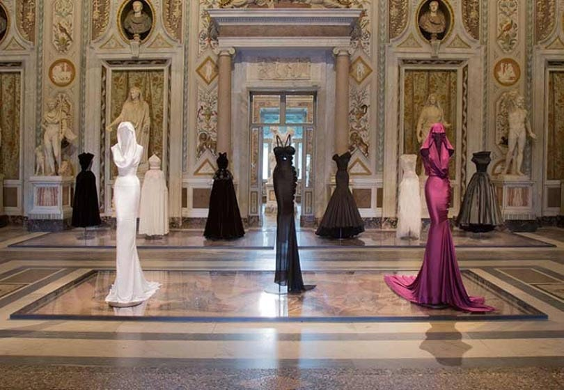 Paris haute couture extended by extra day