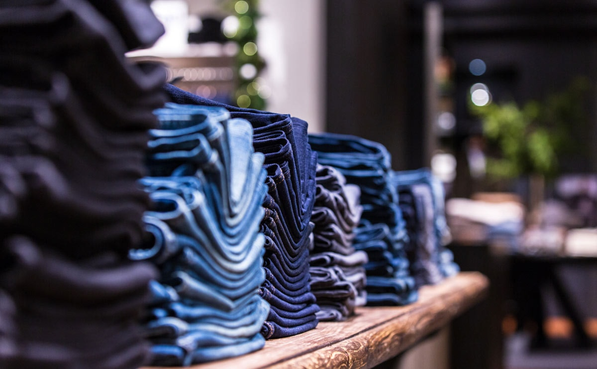 Banana Republic announces waterless dyed denim for 2020