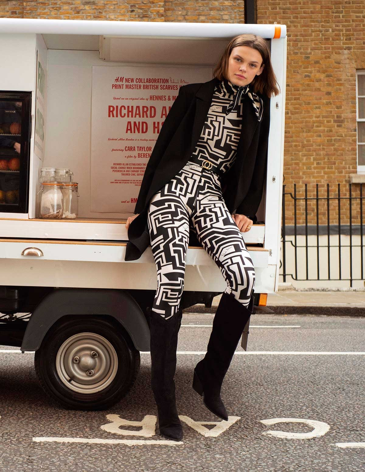H&M collaborates with Richard Allan for 1960s-inspired womenswear collection