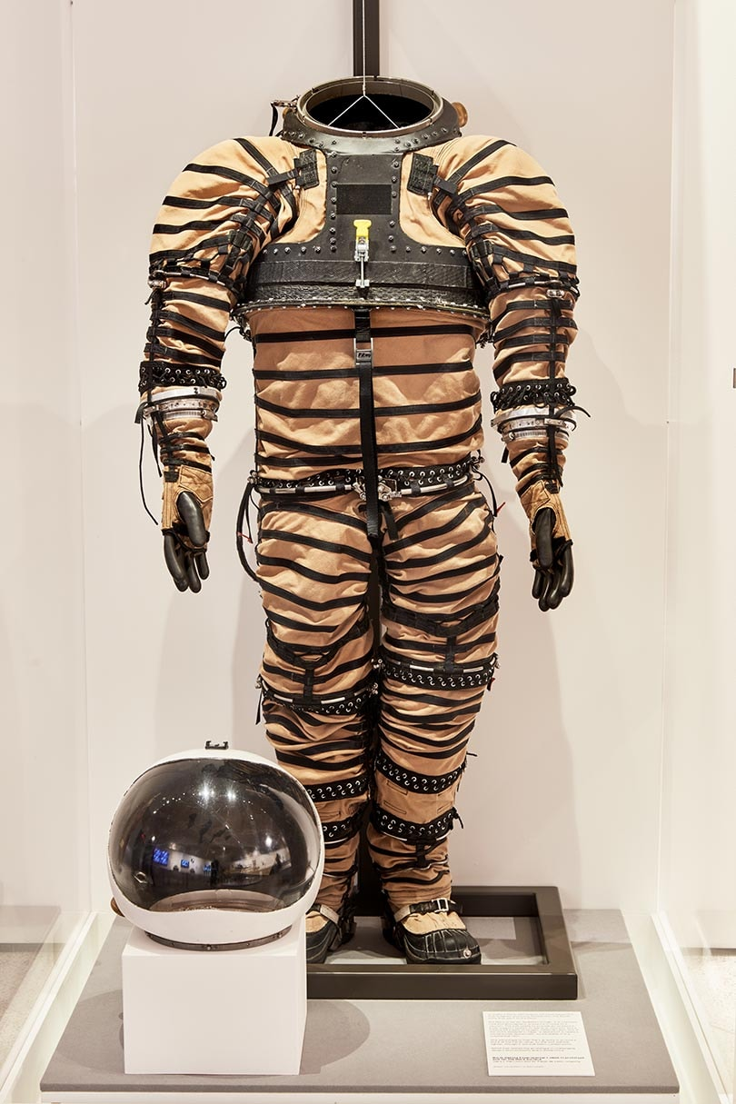 What will humans wear on Mars?