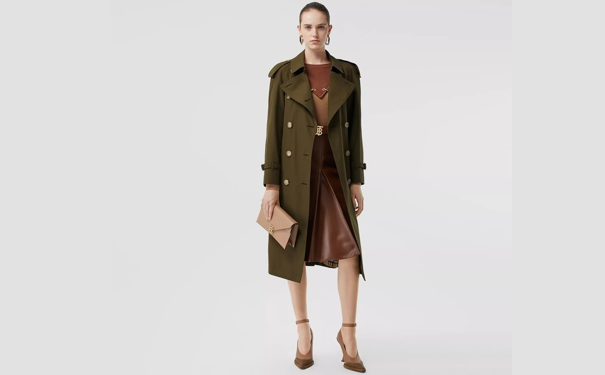 Burberry closes US warehouse