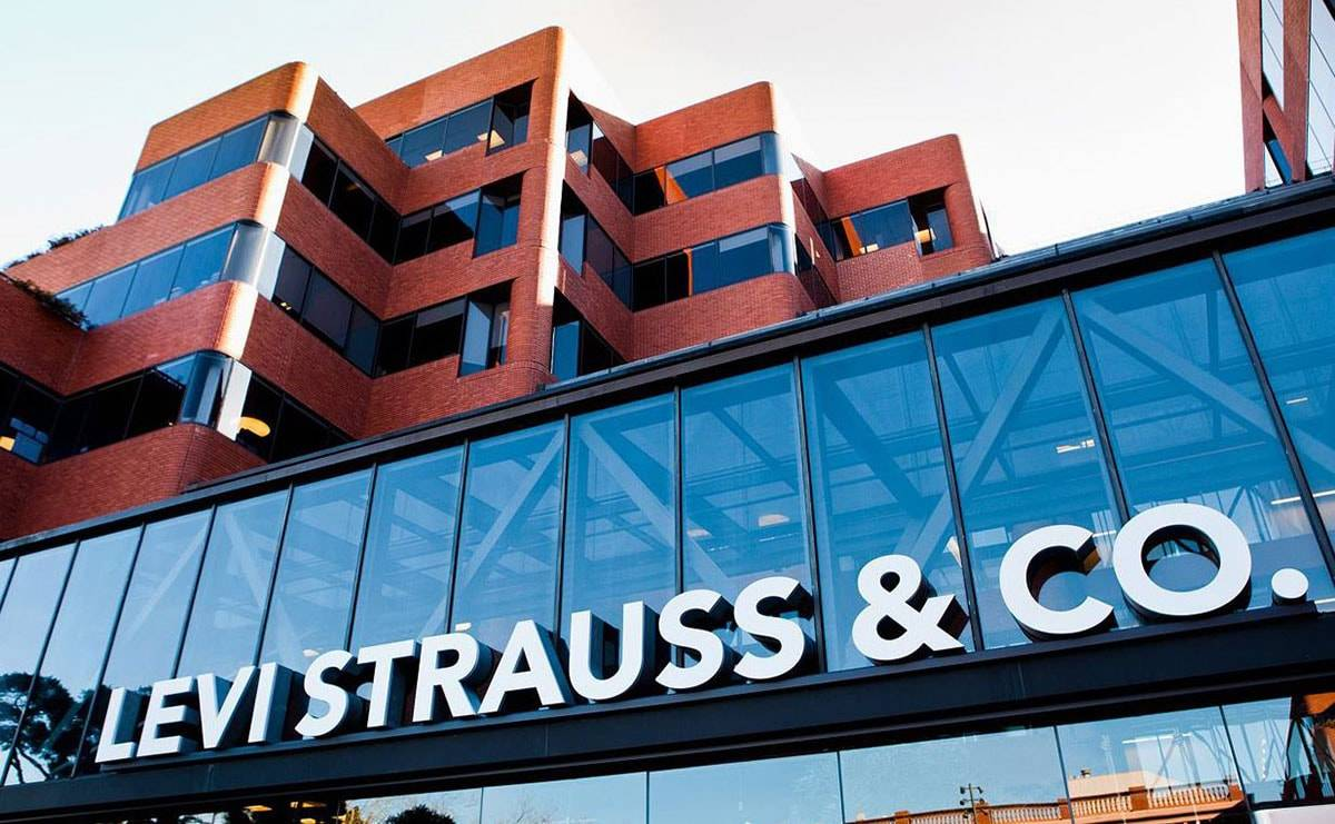 Levi Strauss reports better-than-expected sales boosted by e-commerce