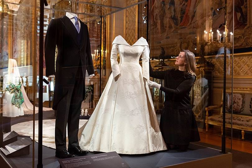 princess beatrice wedding dress pictures