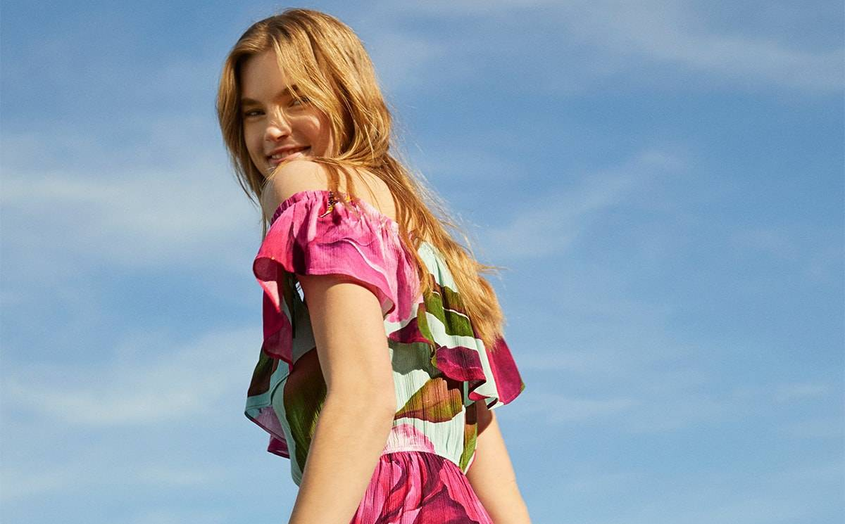 Video: Desigual SS21 collection